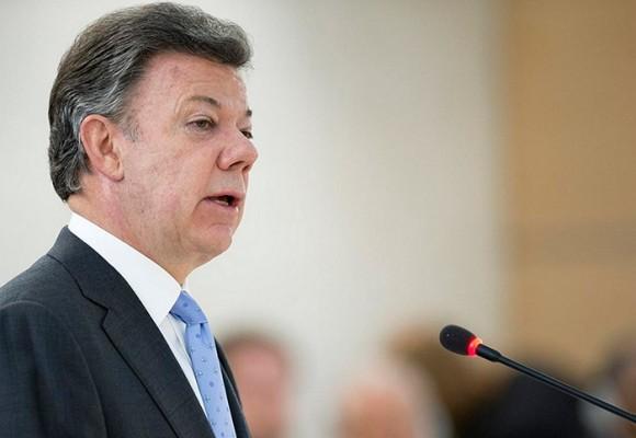 Santos le pone la cara a la Corte Constitucional