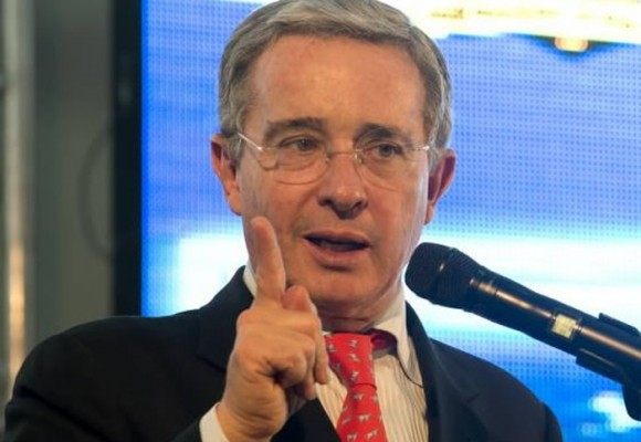 Uribe no le cogió la caña al Movimiento de Unidad Republicana