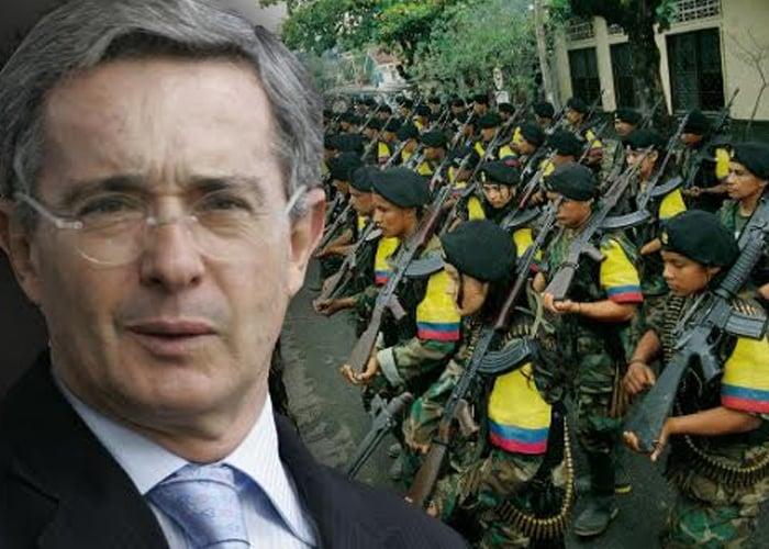 En videos: Cuando Uribe le prometía libertad y plata a las FARC