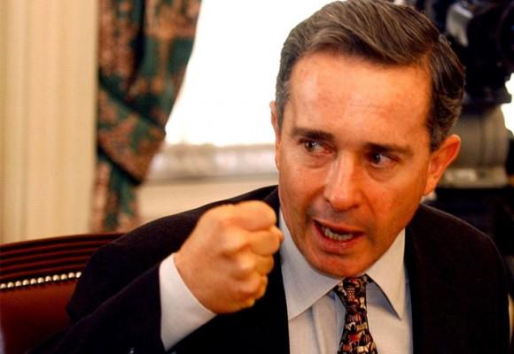 Uribe y su fraudulenta apropiación del lenguaje de izquierda