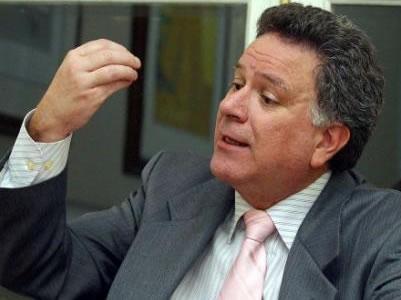 Reto de Luis Carlos Restrepo a Juan Manuel Santos
