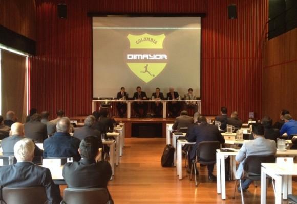 'Los ineptos que manejan el Fútbol Profesional Colombiano'