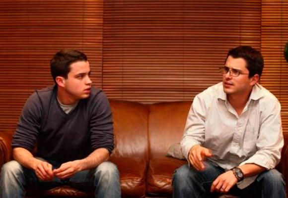 Tomás y Jerónimo Uribe se preparan para defenderse del 'zar de la chatarra'