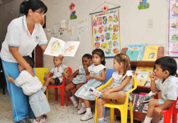 Continúan las quejas de las madres comunitarias sobre el ICBF