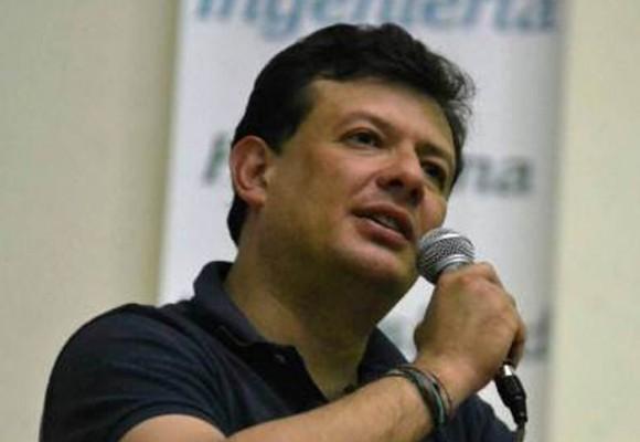 'Neonazis son la fachada de Bandas Criminales en Bogotá': Hollman Morris
