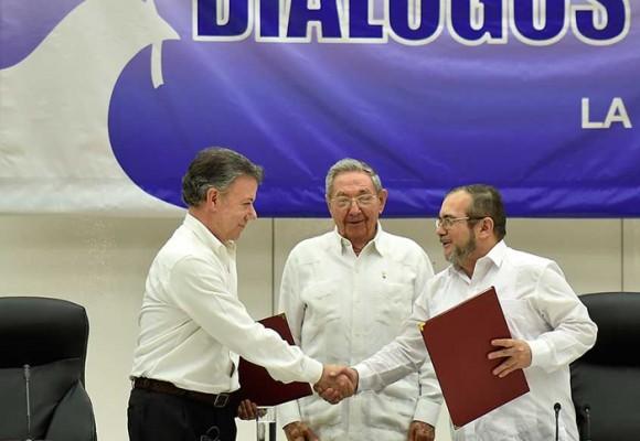 El Gobierno la sacó del estadio con la firma del acuerdo con las FARC