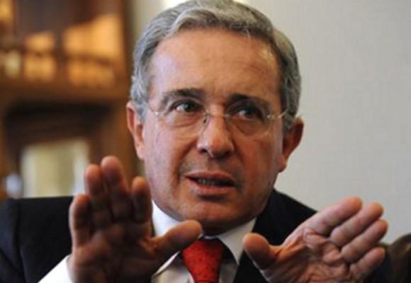 Arranca intensa gira de Uribe por Europa
