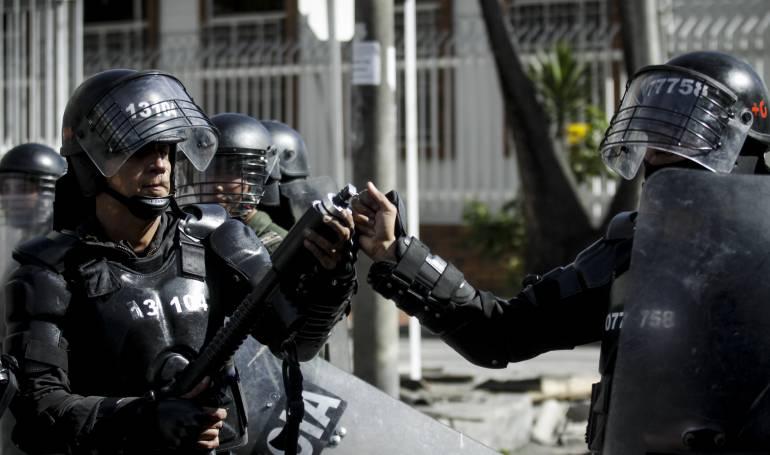 Video: La batalla del Esmad y los camioneros este 20 de Julio en Bogotá
