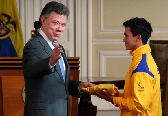 ¿Qué hay detrás del polémico concurso 'El Abanderado Claro' que ganó Jossimar Calvo?