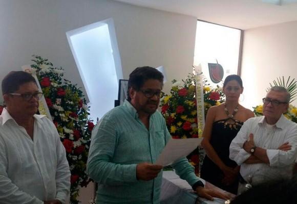Iván Márquez en el entierro de su madre en Neiva