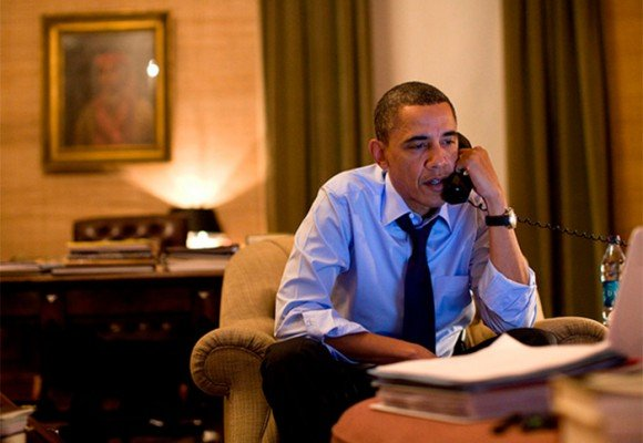 El insomnio de Obama: un hombre de 4 horas de sueño