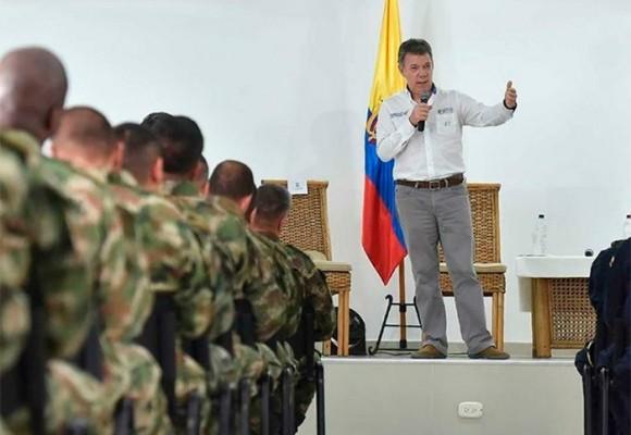 El último pulso de los militares con Santos: la orden a la tropa de cese al fuego