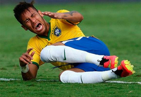 En video: Neymar y su 'teatro' son una pena para el fútbol mundial