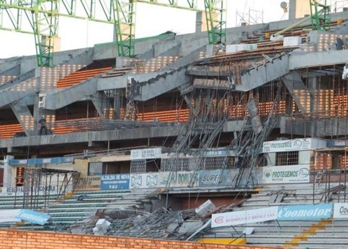 ¡El derrumbe en el Guillermo Plazas Alcid de Neiva es culpa de todos!