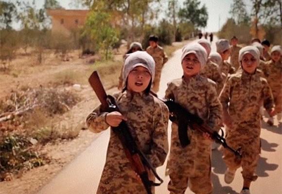 Los niños suicidas de Isis