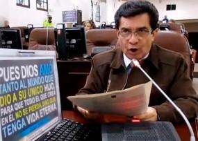 """""""El acuerdo con las Farc nos lleva de narices a una peligrosa dictadura homosexual"""": concejal de la familia"""
