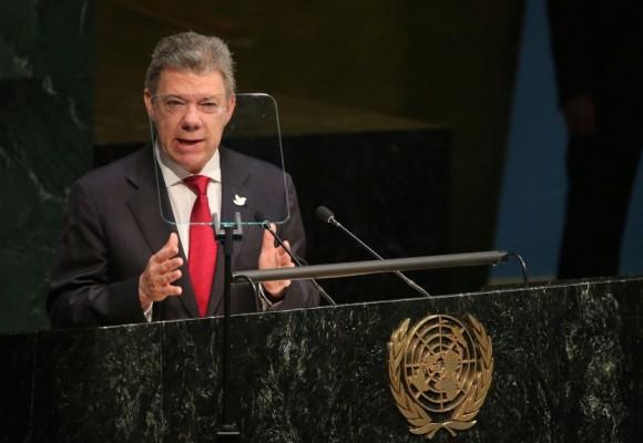 """""""Vengo a la ONU para anunciar que la guerra en Colombia ha terminado"""": Santos"""