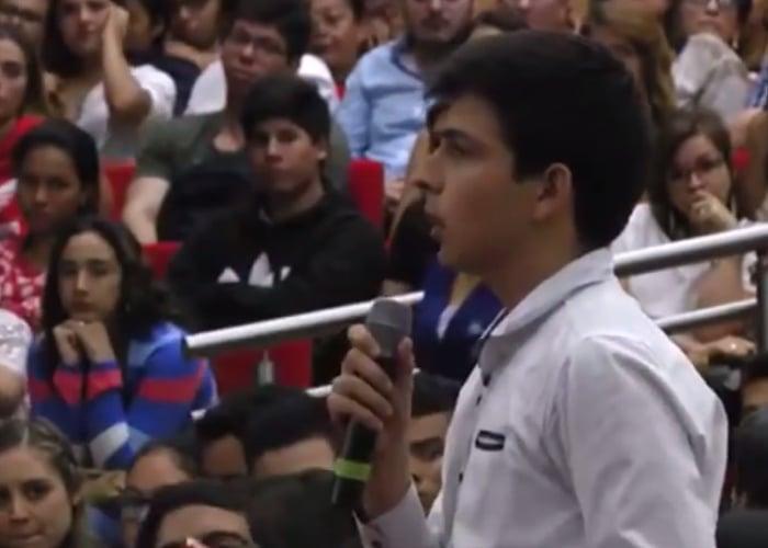 """""""Presidente Uribe, el mínimo respeto que le pedimos es que hable con argumentos no con demagogia populista"""""""