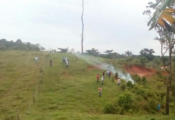 ESMAD arremete contra campesinos del Caquetá