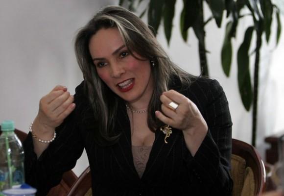 María Mercedes López no será una convidada de piedra en la pelea por la Procuraduría
