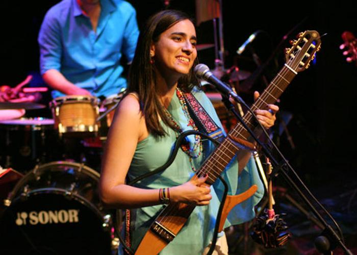Marta Gómez: una dulce voz que interpreta la canción de la paz