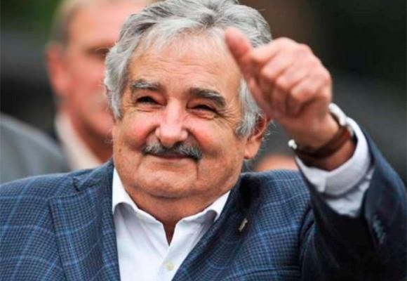 """""""Con la paz parece que los dioses iluminaron a Colombia"""": Pepe Mujica"""