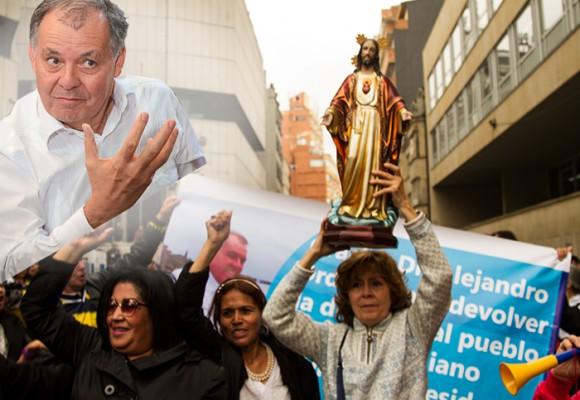 Ordóñez: un adiós entre escapularios, Cristo Rey y banderas fascistas. Video