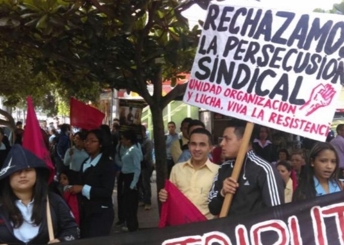 Funcionarios del Sena se movilizan por derecho a la formación profesional integral