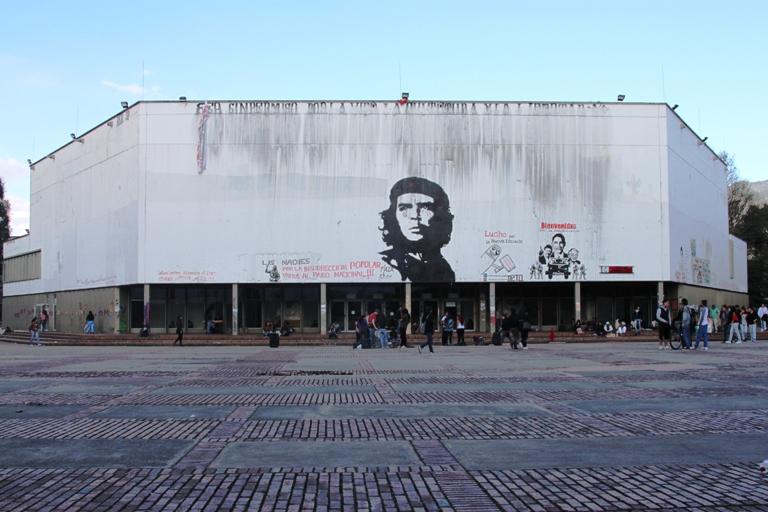 Borrar al Che Guevara como protesta de las nuevas generaciones