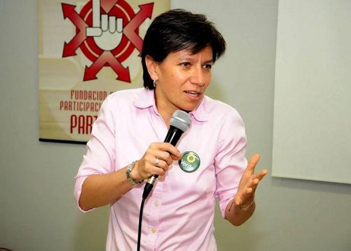 Gracias senadora Claudia López por su defensa del Sí, pero...