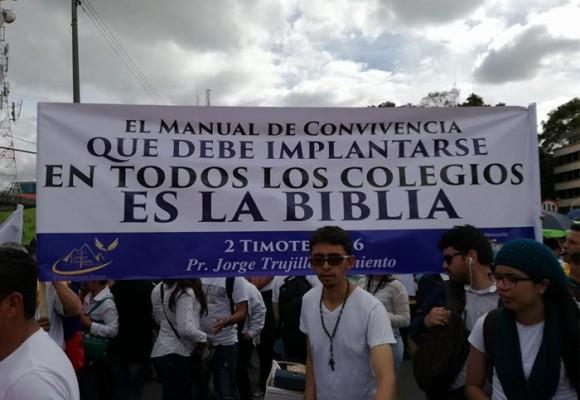 La teocracia que se gesta en Colombia