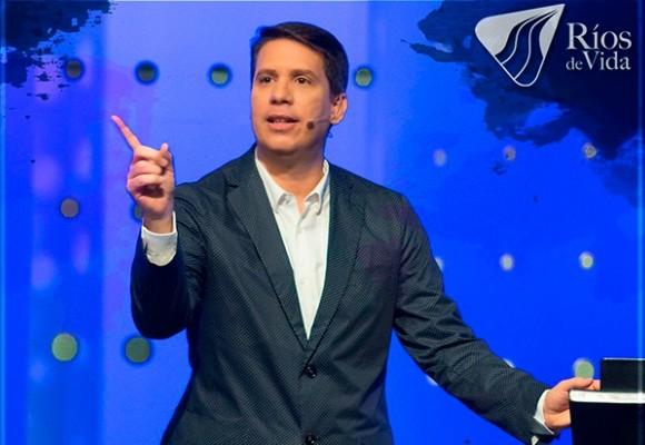 Miguel Arrazola, pastor Hipócrita y mezquino