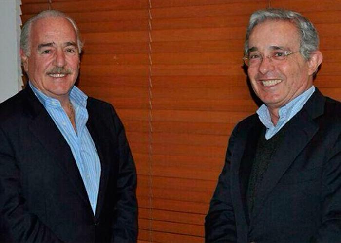 Una eterna reverencia a Pastrana y Uribe