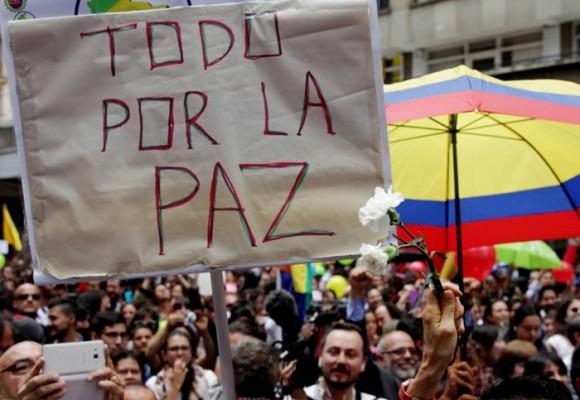 """En respuesta a quien """"No dejará de luchar por Colombia así no quiera este proceso de paz"""""""