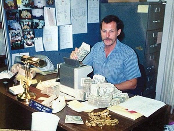 El agente de la DEA Steve Murphy cuando trabajaba en La Florida a principios de los años setenta