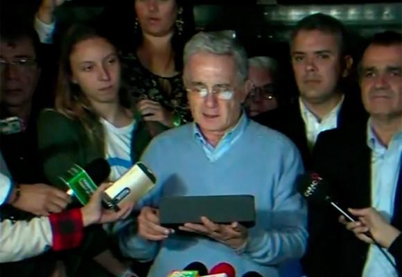"""""""Queremos aportar a un gran pacto nacional"""": Uribe reclama el triunfo del NO"""