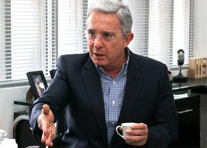 Las cinco propuestas de Uribe van en contra de las víctimas