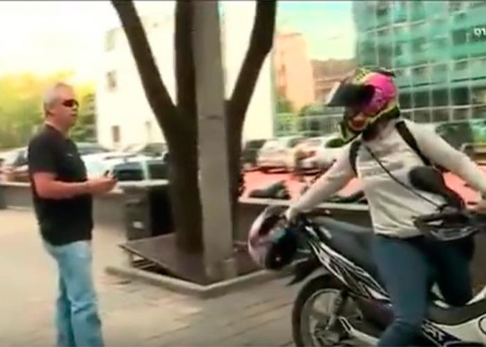 Popeye no pierde sus mañas de asesino: así amenaza a una mujer en Medellín. Video