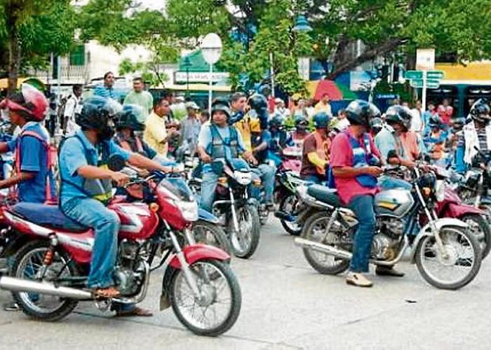 Malditas motos: cómo las necesitamos