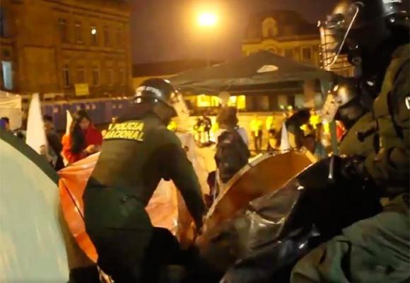 Video con el que la Alcaldía argumenta que el desalojo de la Plaza de Bolívar fue pacífico