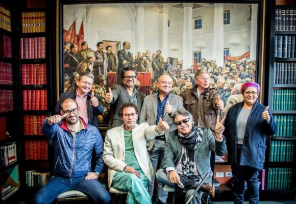 Los jefes de las Farc en la sala de la Revista Semana