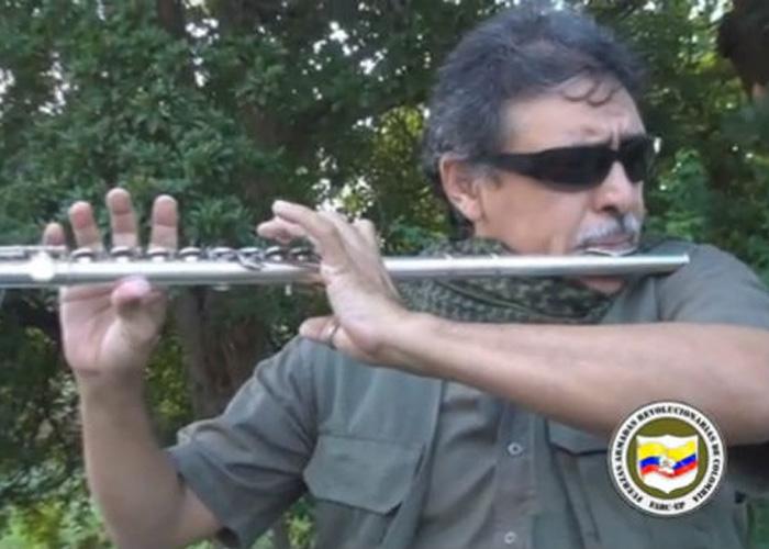 Jesús Santrich: músico, artista plástico, escritor y guerrillero