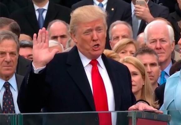 """""""Haremos a América segura, rica, orgullosa y grande de nuevo"""""""