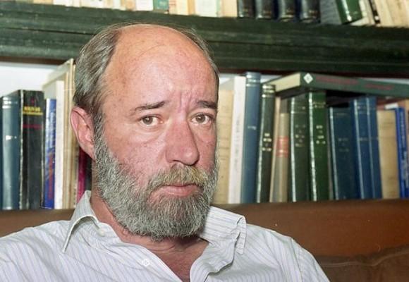 """""""Antonio Caballero aguanta, no te vayas todavía"""""""