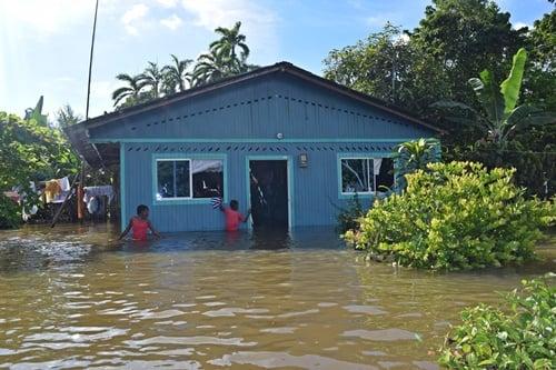 El río Mira está desplazando gente en Tumaco