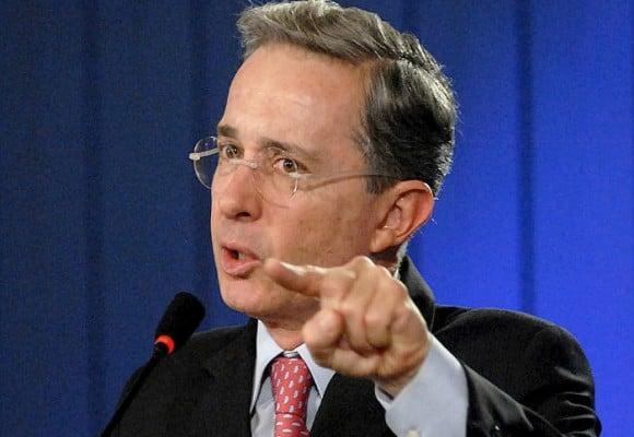 2018: ¿Regresará el ex Presidente Uribe al poder?