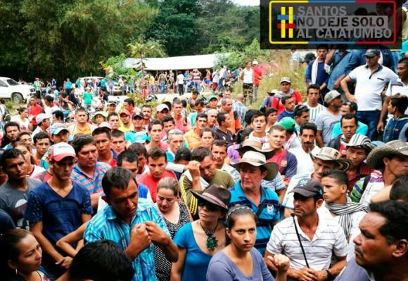 Salen las FARC, entra el terror