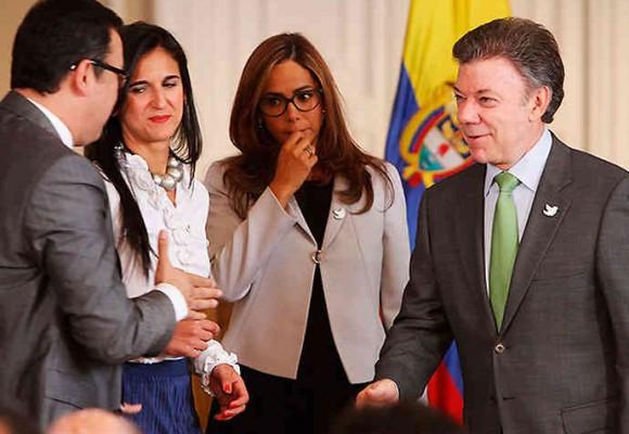 Los profesores rajan el proyecto educativo de Santos