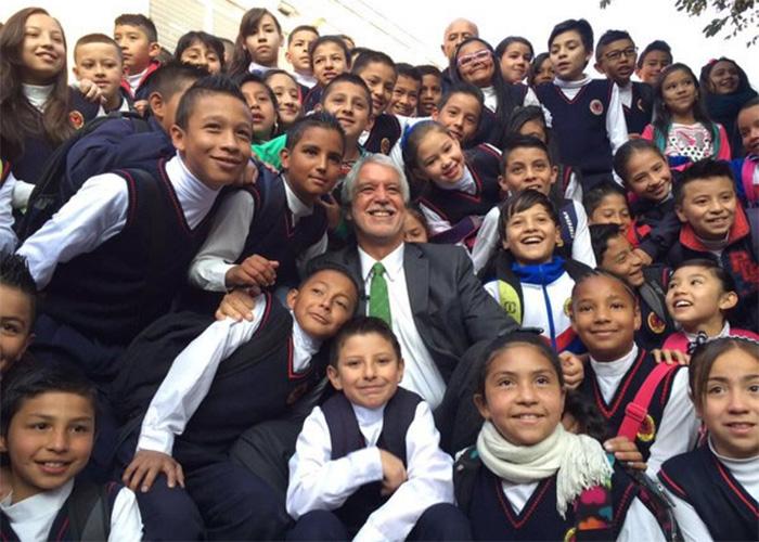 En educación, las mil y una razones para revocar a Peñalosa