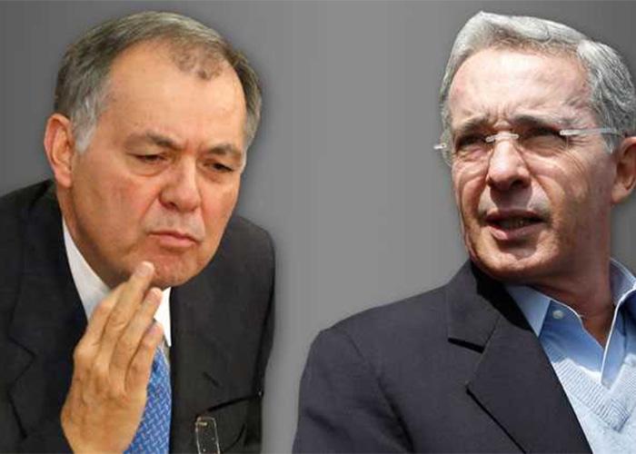 ¿Uribe y Ordóñez marchando contra la corrupción?